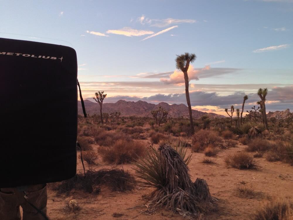 Bouldering crash pad Joshua Tree
